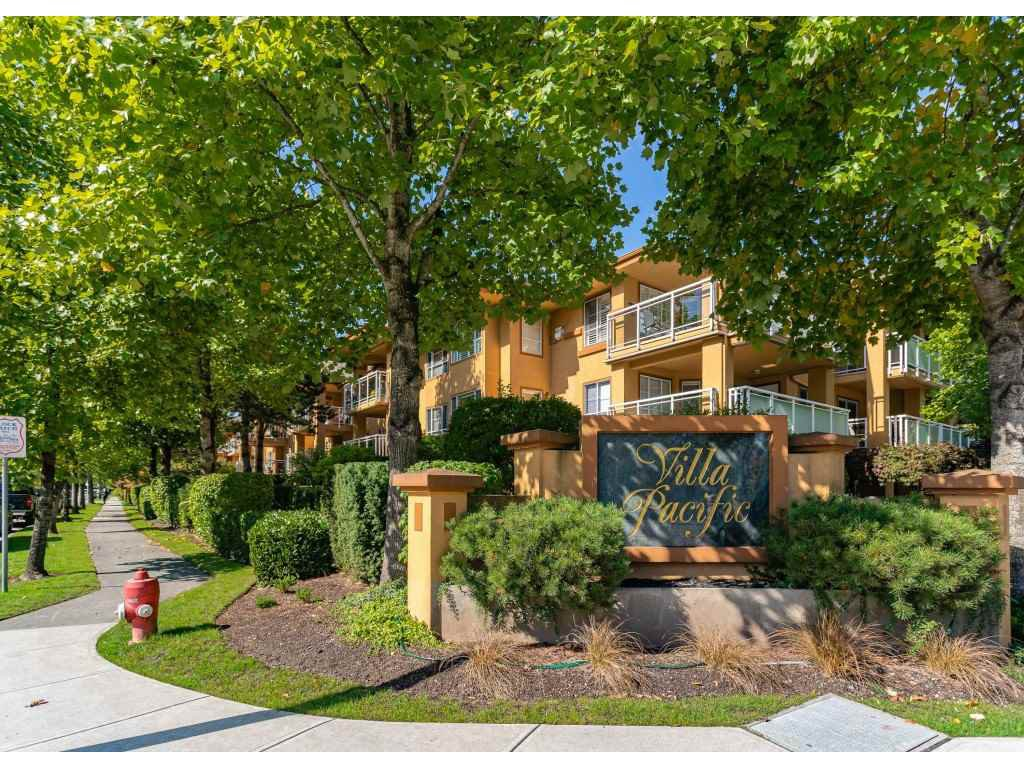 "Main Photo: 309 15185 22 Avenue in Surrey: Sunnyside Park Surrey Condo for sale in ""Villa Pacific"" (South Surrey White Rock)  : MLS®# R2511843"