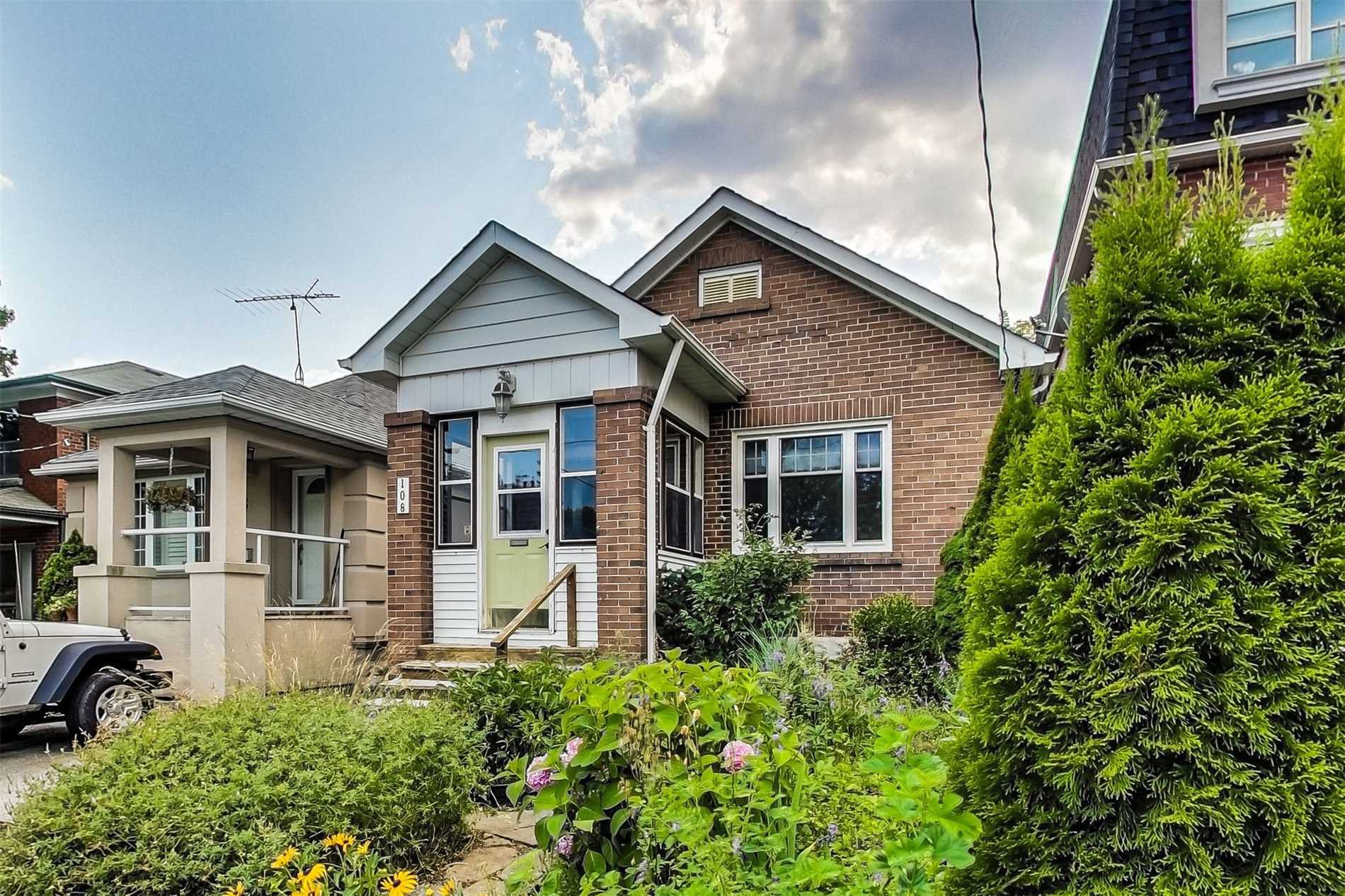 Main Photo: 108 Wesley Street in Toronto: Stonegate-Queensway House (Bungalow) for sale (Toronto W07)  : MLS®# W4532458