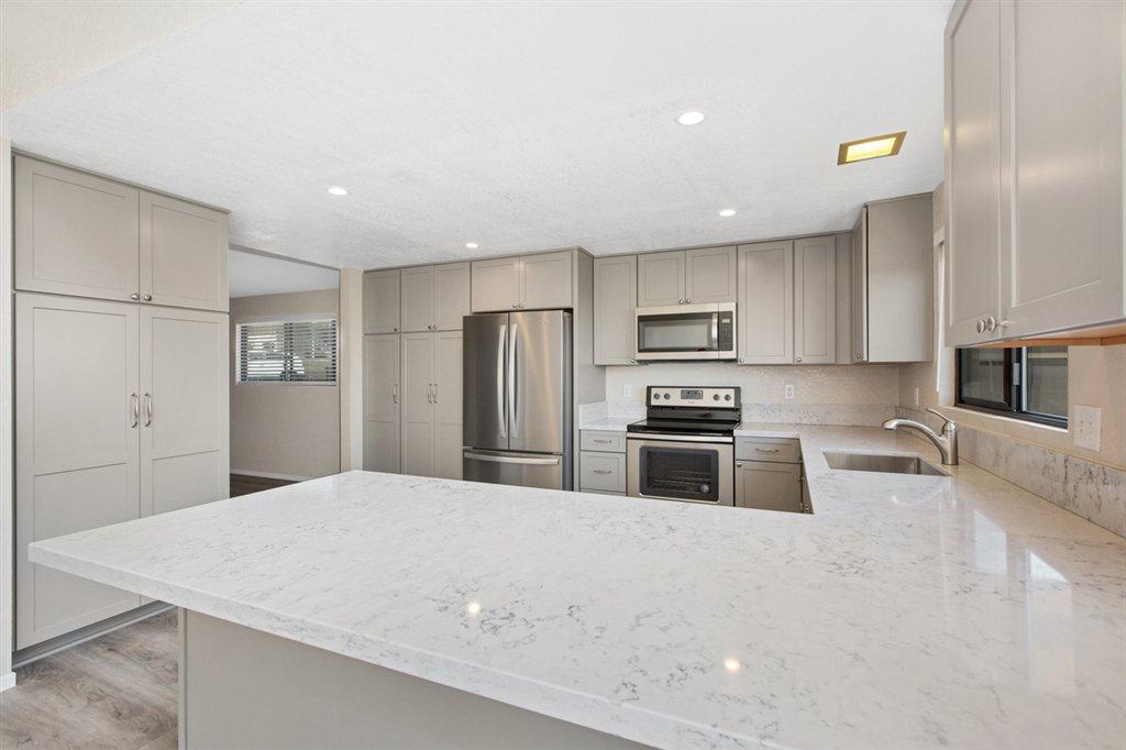 Main Photo: BONITA House for sale : 5 bedrooms : 3250 Holly Way in Chula Vista - Bonita