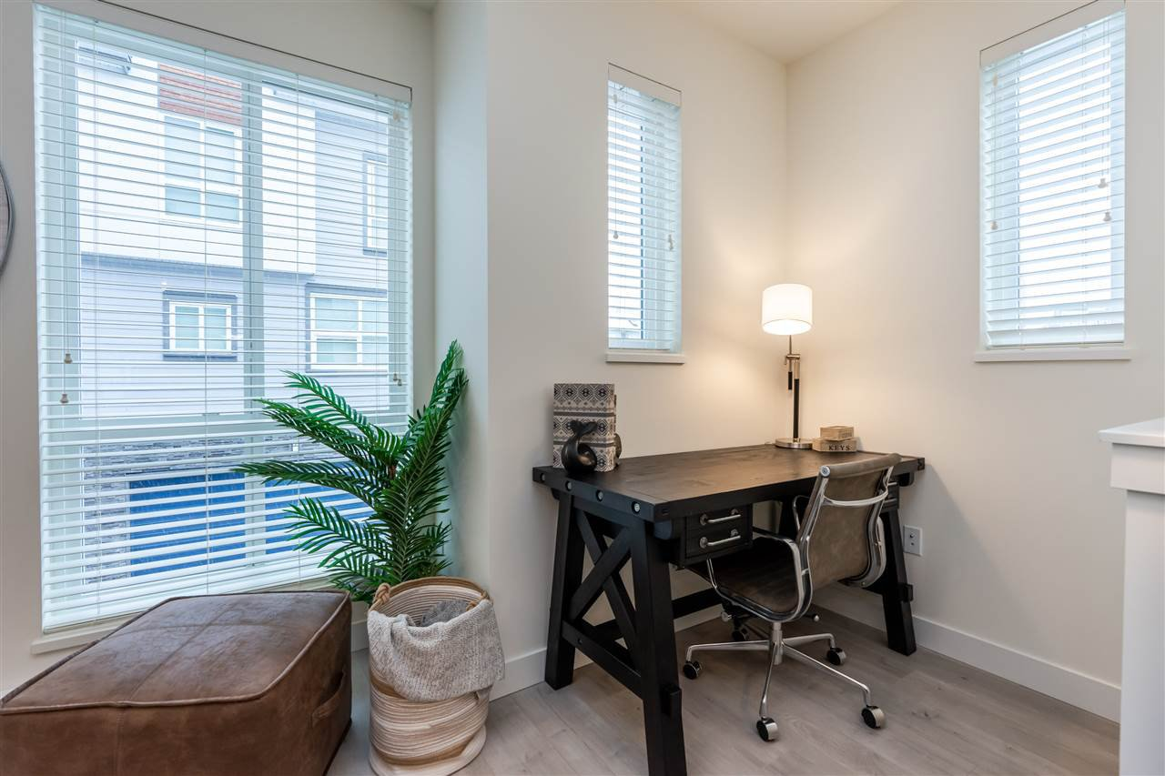 """Photo 8: Photos: 111 7947 209 Street in Langley: Willoughby Heights Townhouse for sale in """"luxia"""" : MLS®# R2444913"""