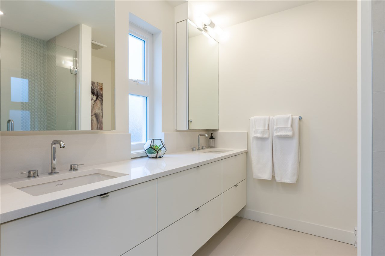 """Photo 12: Photos: 111 7947 209 Street in Langley: Willoughby Heights Townhouse for sale in """"luxia"""" : MLS®# R2444913"""