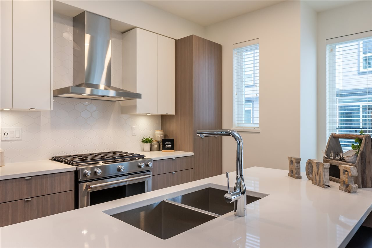 """Photo 6: Photos: 111 7947 209 Street in Langley: Willoughby Heights Townhouse for sale in """"luxia"""" : MLS®# R2444913"""