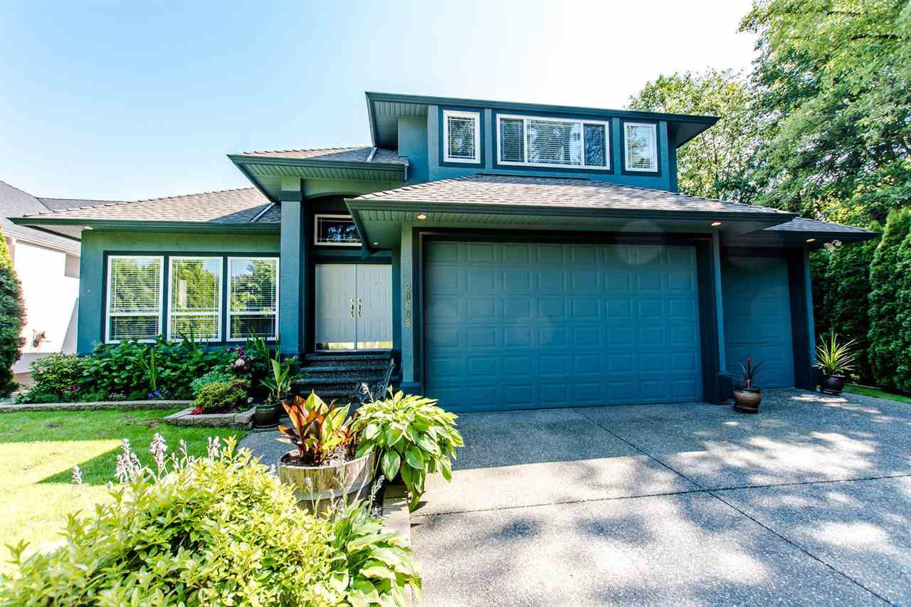 "Main Photo: 20608 93A Avenue in Langley: Walnut Grove House for sale in ""GORDON GREENWOOD"" : MLS®# R2455681"