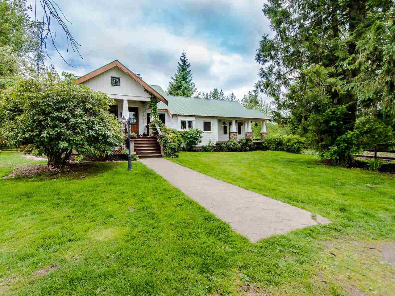 "Main Photo: 3555 264 Street in Langley: Otter District House for sale in ""ALDERGROVE"" : MLS®# R2457531"