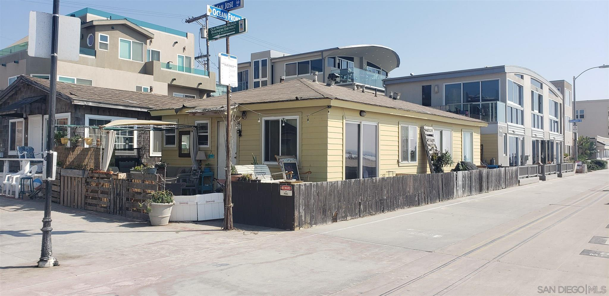 Main Photo: MISSION BEACH Property for sale: 3795 Ocean Front Walk in San Diego