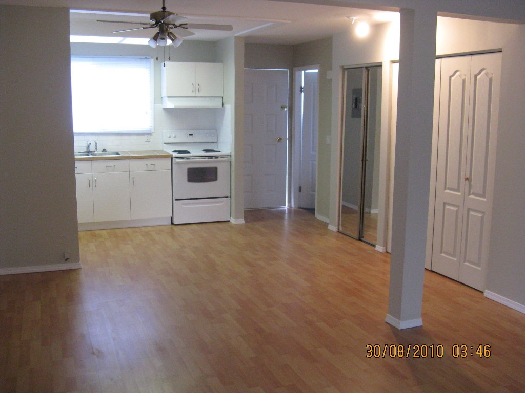 Main Photo: #60-3099 South Main in Penticton: Residential Attached for sale