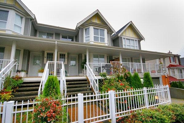 """Main Photo: 57 7370 STRIDE Avenue in Burnaby: Edmonds BE Townhouse for sale in """"MAPLEWOOD TERRACE"""" (Burnaby East)  : MLS®# V674757"""