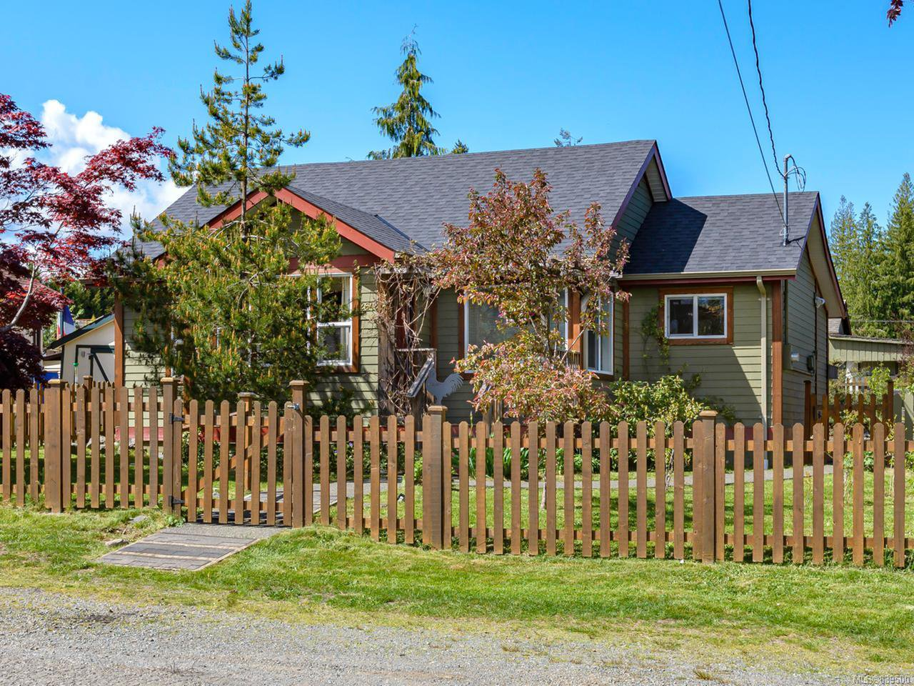Main Photo: 2642 Maryport Ave in CUMBERLAND: CV Cumberland House for sale (Comox Valley)  : MLS®# 839500