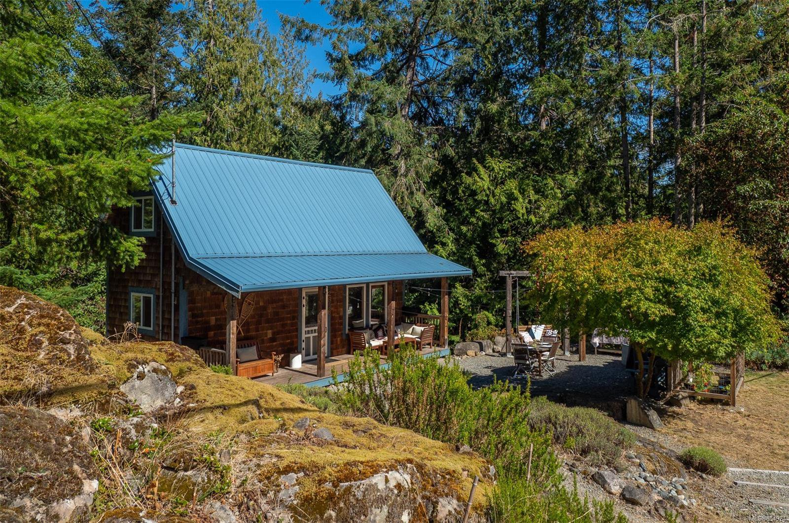 Main Photo: 2616 Spyglass Rd in : GI Pender Island Single Family Detached for sale (Gulf Islands)  : MLS®# 854924