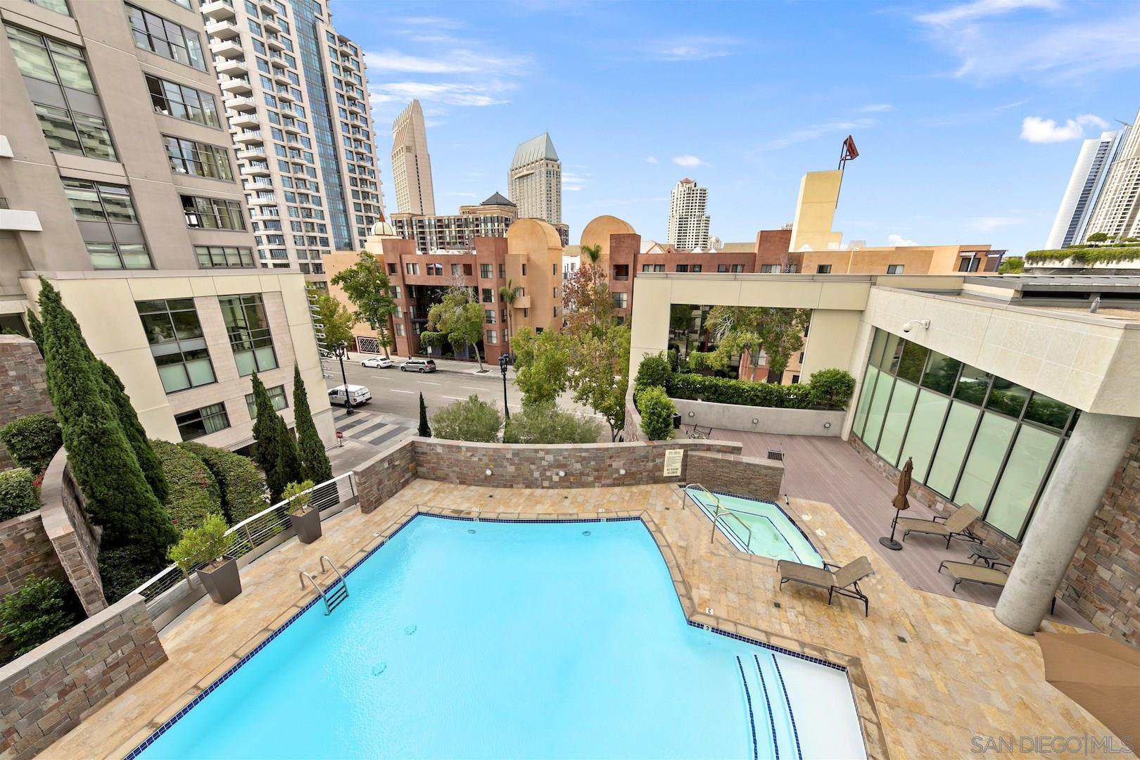 Main Photo: DOWNTOWN Condo for rent : 2 bedrooms : 645 Front Street #506 in San Diego