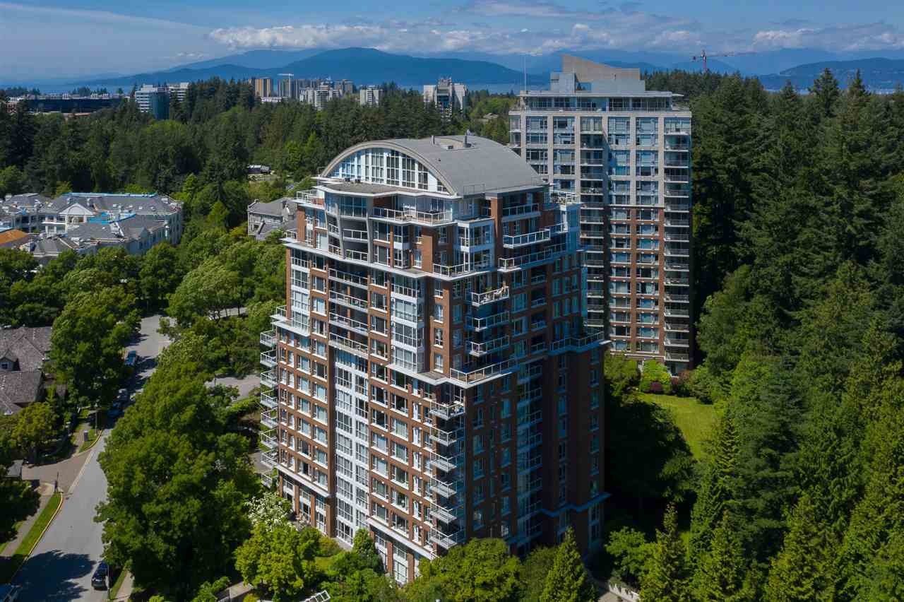 """Main Photo: 907 5615 HAMPTON Place in Vancouver: University VW Condo for sale in """"BALMORAL"""" (Vancouver West)  : MLS®# R2521263"""