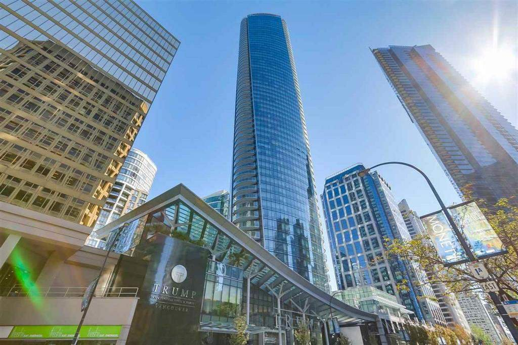 "Main Photo: 3602 1151 W GEORGIA Street in Vancouver: Coal Harbour Condo for sale in ""TRUMP TOWER"" (Vancouver West)  : MLS®# R2426359"