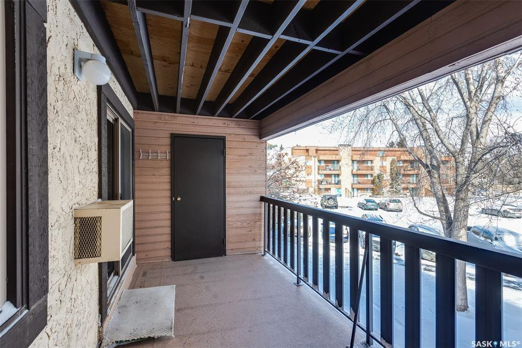 Photo 16: Photos: 209 126 Edinburgh Place in Saskatoon: East College Park Residential for sale : MLS®# SK802967