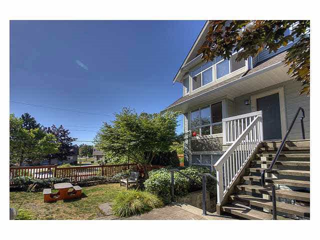 Main Photo: 61 7128 STRIDE AVENUE in : Edmonds BE Townhouse for sale : MLS®# R2034776