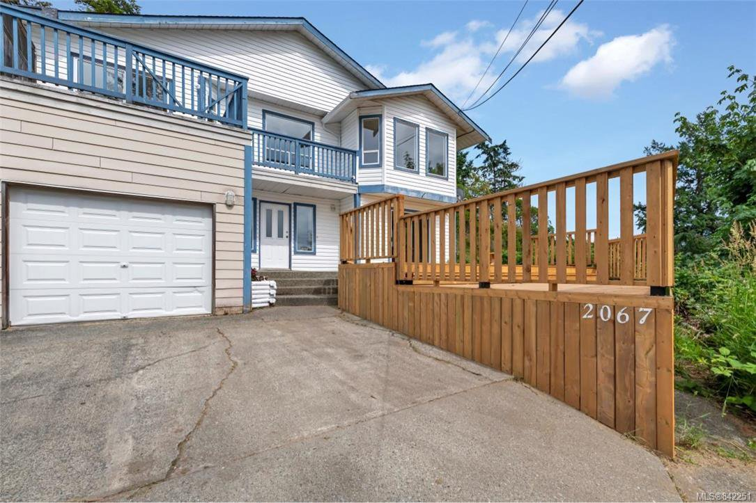 Photo 30: Photos: 2067 Arleigh Pl in Sooke: Sk Saseenos Half Duplex for sale : MLS®# 842251