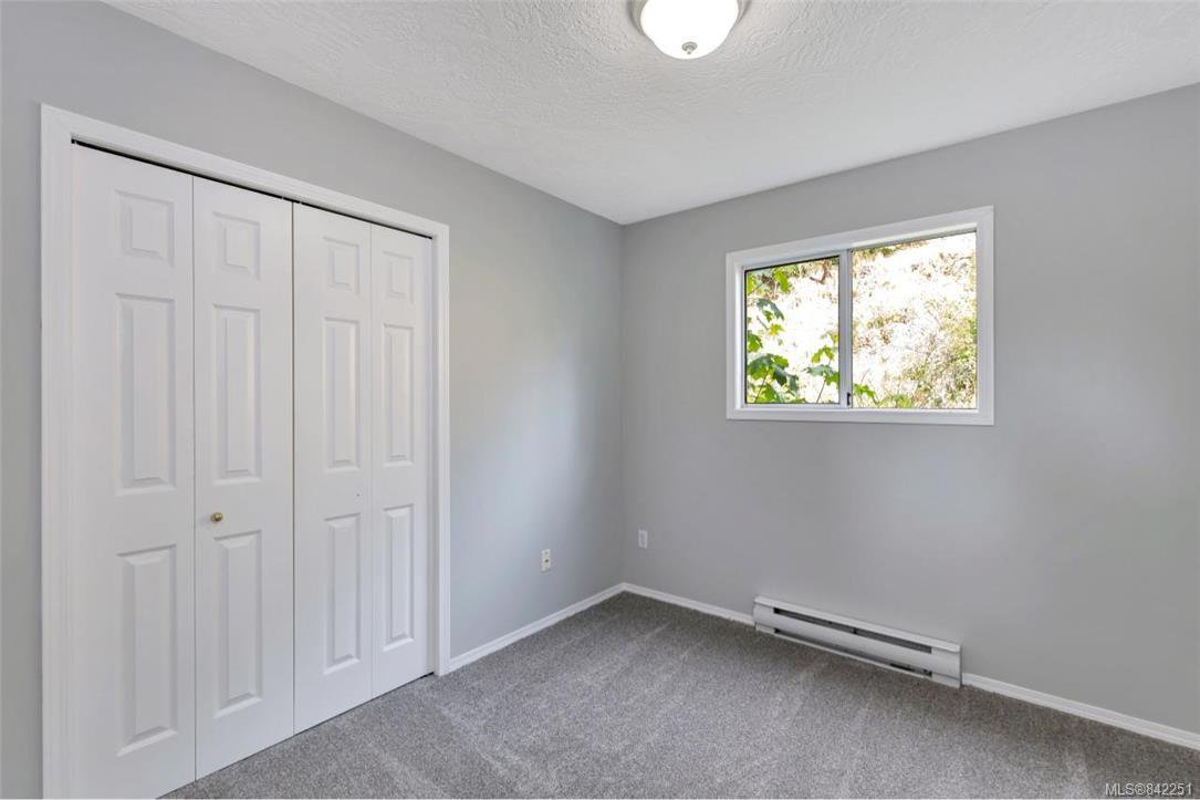 Photo 15: Photos: 2067 Arleigh Pl in Sooke: Sk Saseenos Half Duplex for sale : MLS®# 842251