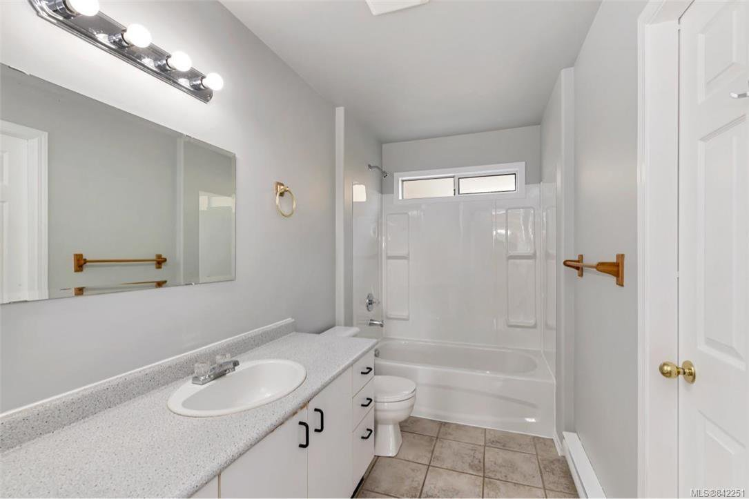 Photo 16: Photos: 2067 Arleigh Pl in Sooke: Sk Saseenos Half Duplex for sale : MLS®# 842251