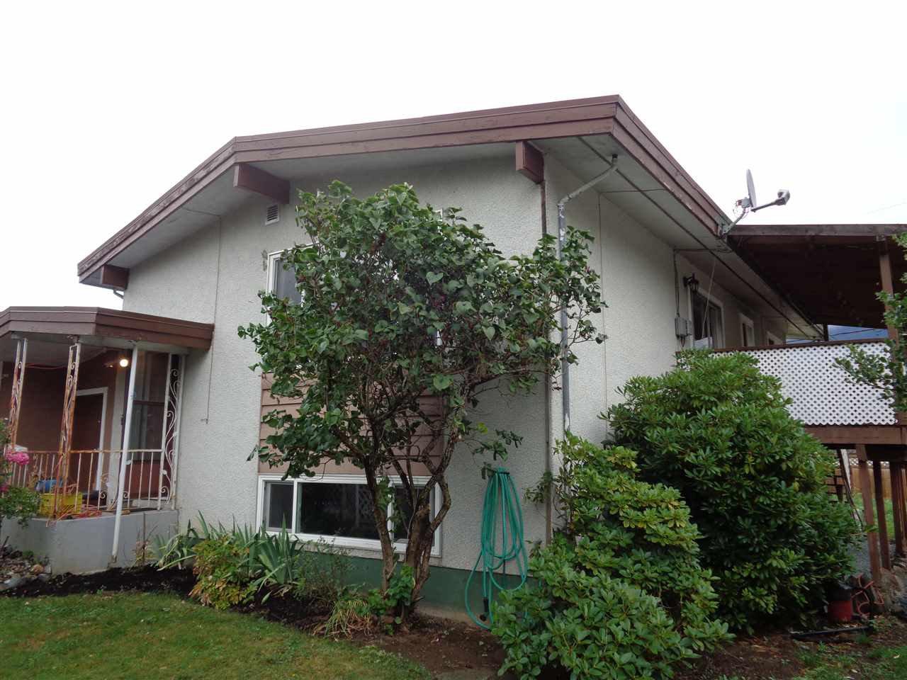 Main Photo: 615 HEMLOCK Avenue in Hope: Hope Center House for sale : MLS®# R2484356