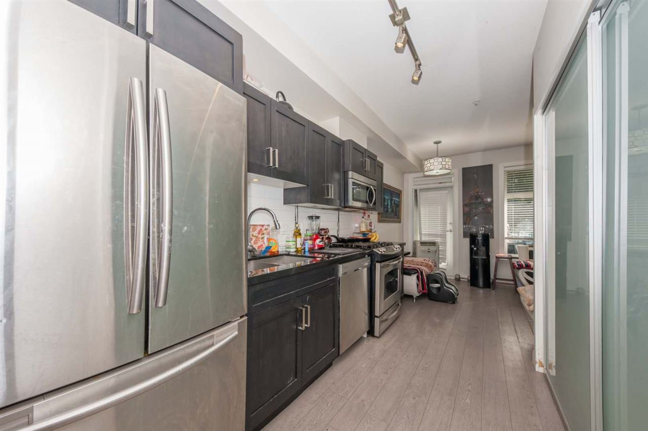 Main Photo: 104 20068 FRASER HIGHWAY Avenue in Langley: Langley City Condo for sale : MLS®# R2494750