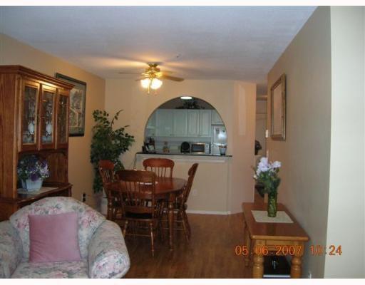 Photo 3: Photos: 210 1655 GRANT Avenue in Port_Coquitlam: Glenwood PQ Condo for sale (Port Coquitlam)  : MLS®# V651987