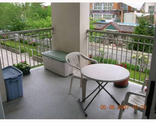 Photo 9: Photos: 210 1655 GRANT Avenue in Port_Coquitlam: Glenwood PQ Condo for sale (Port Coquitlam)  : MLS®# V651987