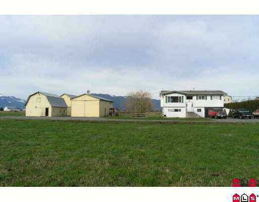 Main Photo: 49885 PRAIRIE CENTRAL Road in Chilliwack: East Chilliwack House for sale : MLS®# H2600476