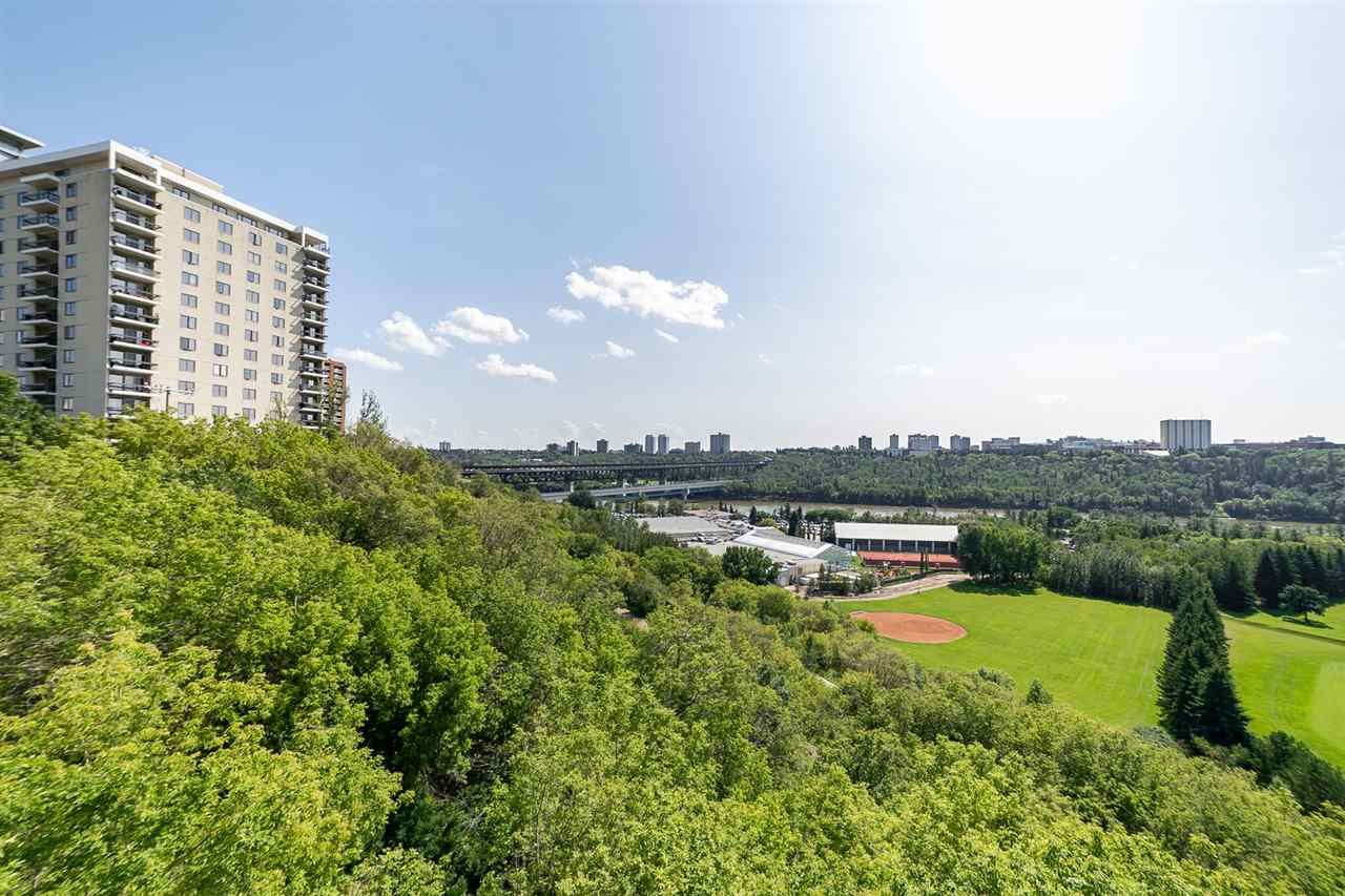 Main Photo: 3 9804 112 Street in Edmonton: Zone 12 Condo for sale : MLS®# E4170695
