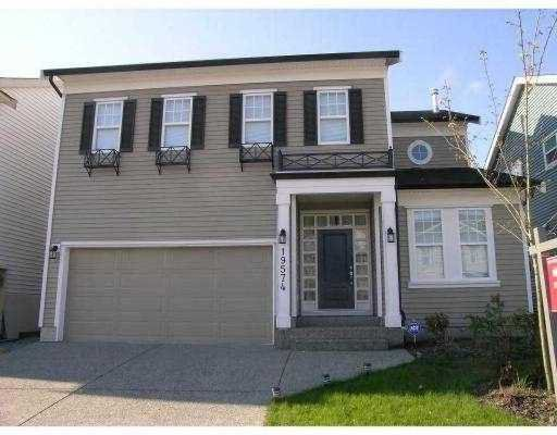 """Main Photo: 19574 HOFFMANN Way in Pitt Meadows: South Meadows House for sale in """"SAWYER'S LANDING"""" : MLS®# V642043"""