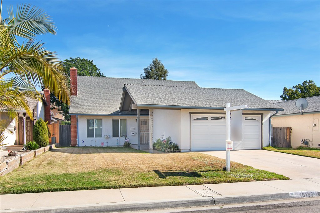Main Photo: MIRA MESA House for sale : 4 bedrooms : 10155 SPRING MANOR CT in San Diego