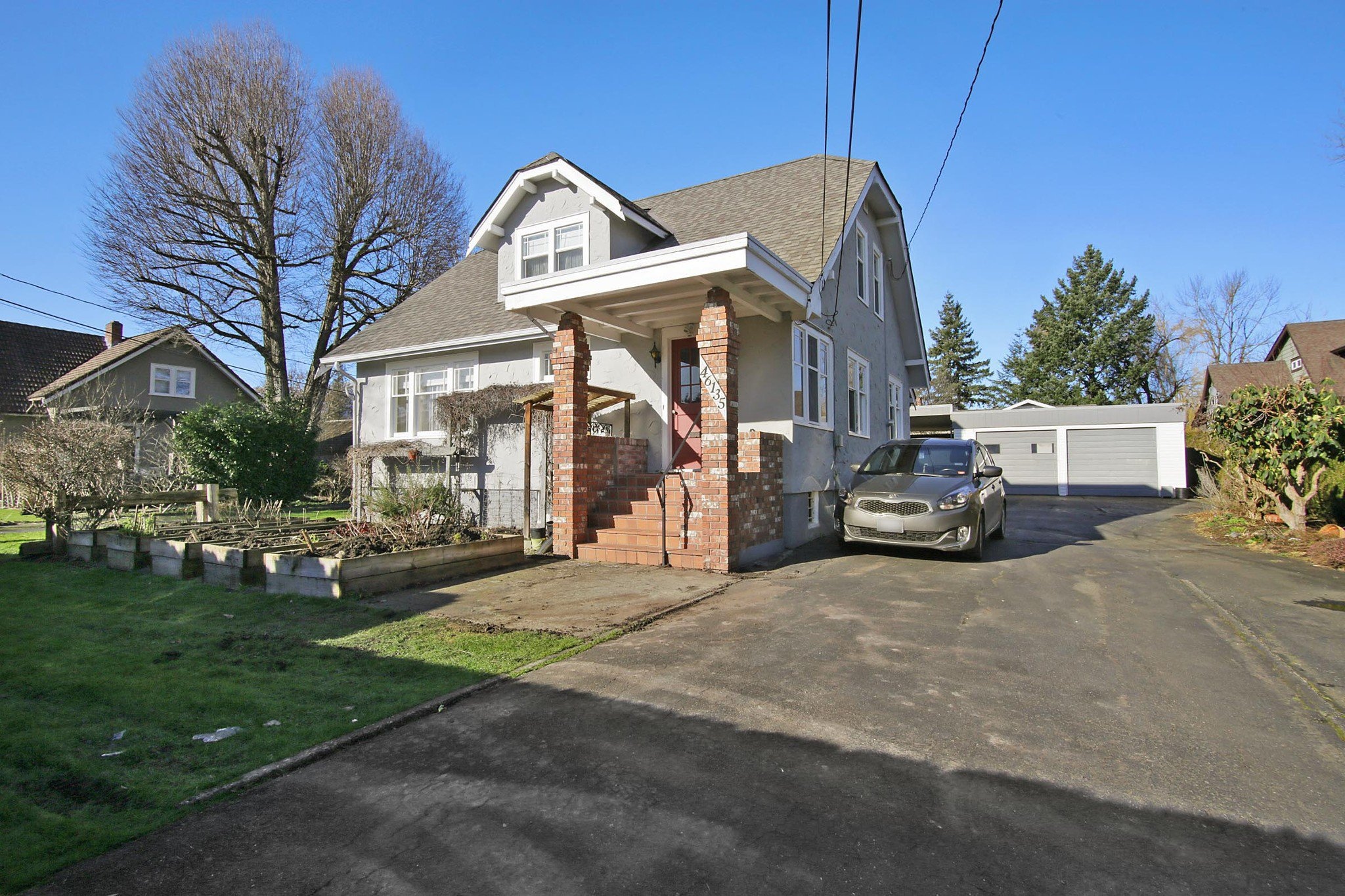 Main Photo: 46135 RIVERSIDE Drive in Chilliwack: Chilliwack N Yale-Well House for sale : MLS®# R2437294