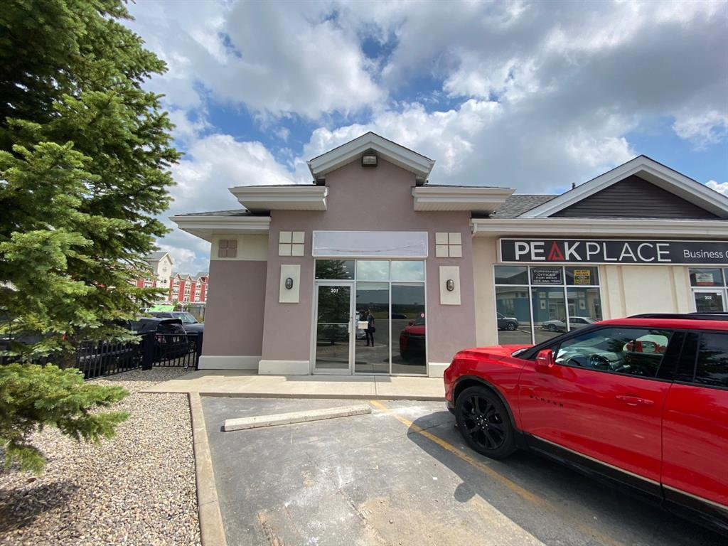 Main Photo: 201 191 EDWARDS Way SW: Airdrie Office for lease : MLS®# C4296401