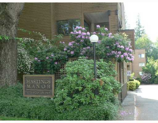 "Main Photo: 302 3275 MOUNTAIN Highway in North_Vancouver: Lynn Valley Condo for sale in ""HASTINGS MANOR"" (North Vancouver)  : MLS®# V679257"