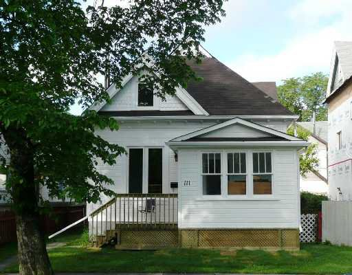 Main Photo: 111 BRYCE Street in WINNIPEG: Fort Rouge / Crescentwood / Riverview Residential for sale (South Winnipeg)  : MLS®# 2810296