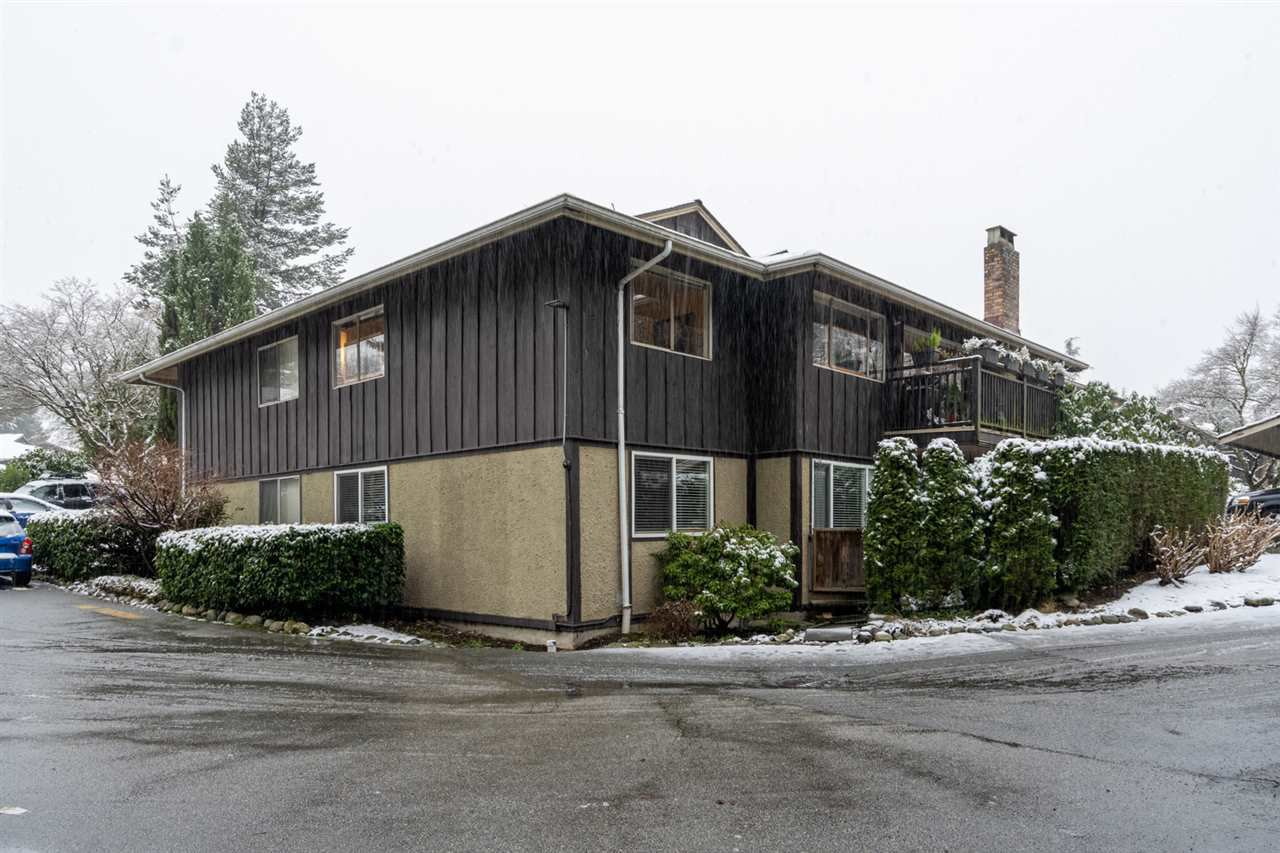"""Main Photo: 316 555 W 28TH Street in North Vancouver: Upper Lonsdale Condo for sale in """"Cedarbrooke Village"""" : MLS®# R2432960"""
