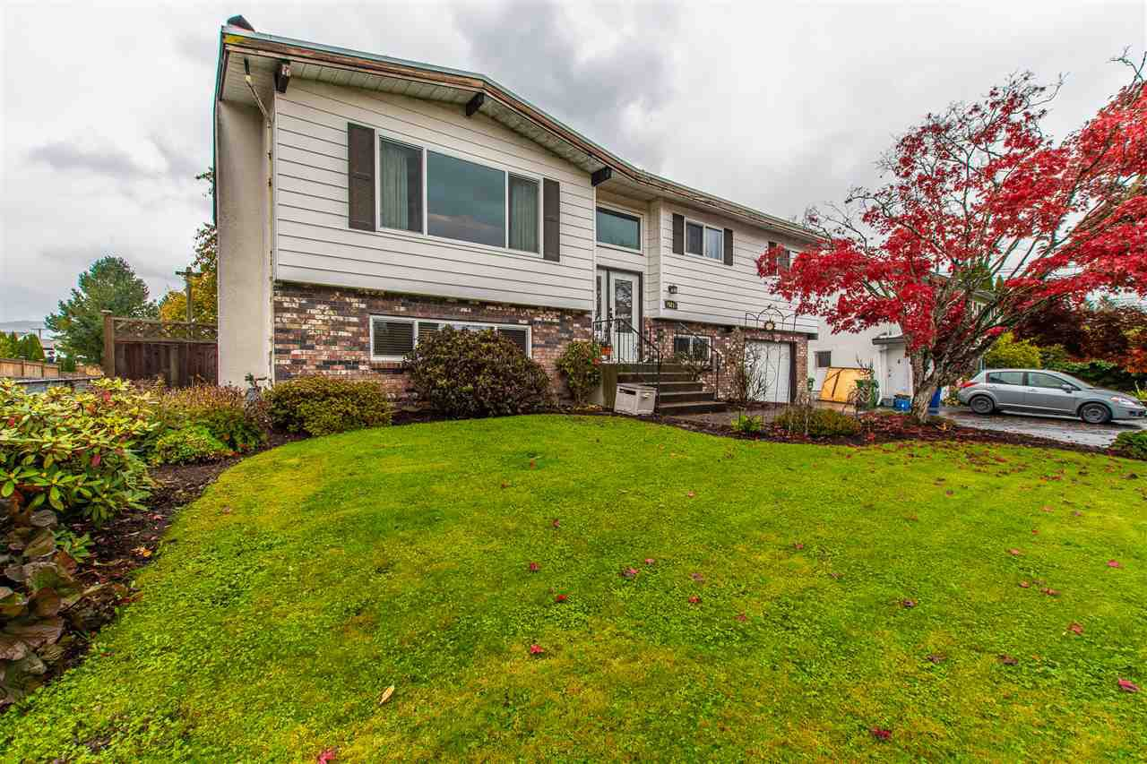 Main Photo: 45213 MOODY Avenue in Chilliwack: Chilliwack W Young-Well House for sale : MLS®# R2440188