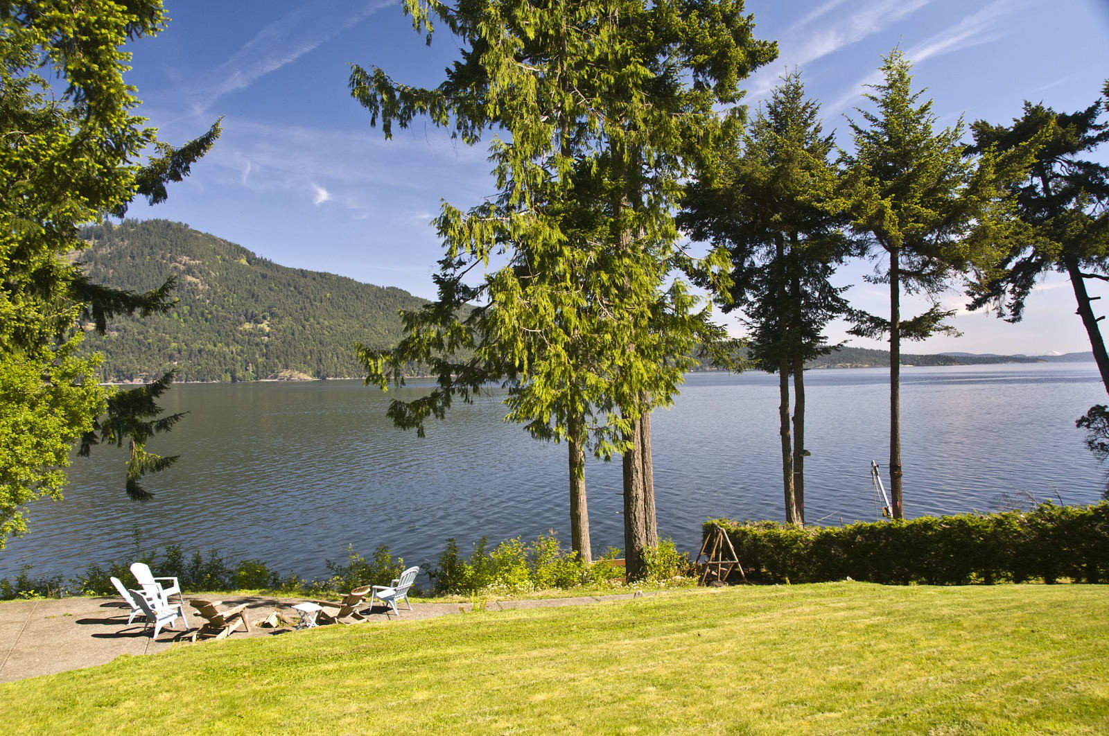 Main Photo: 648 Lands End Rd in North Saanich: NS Deep Cove House for sale : MLS®# 322039