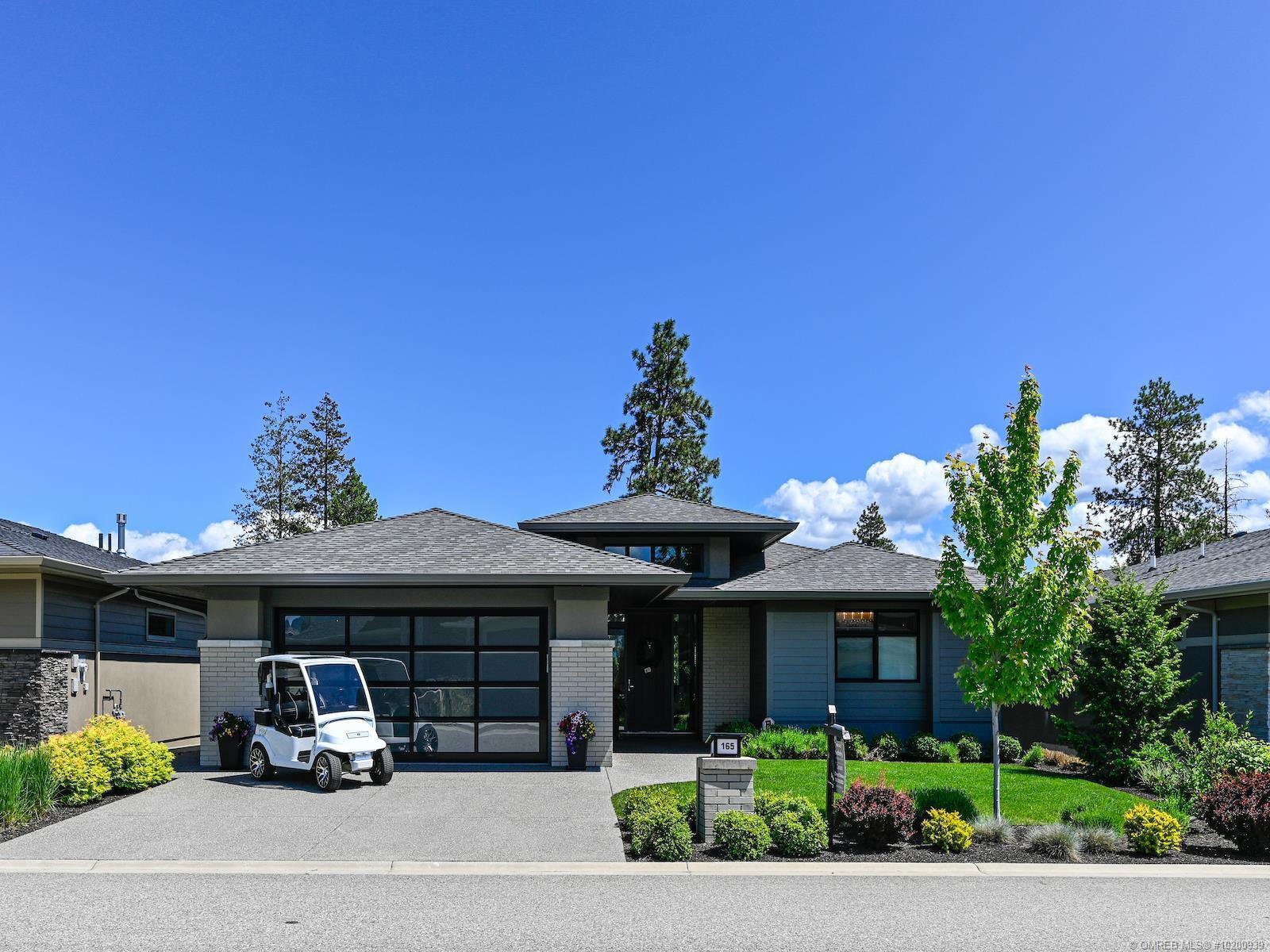Main Photo: 165 Whitetail Ridge, in Vernon: House for sale : MLS®# 10200939