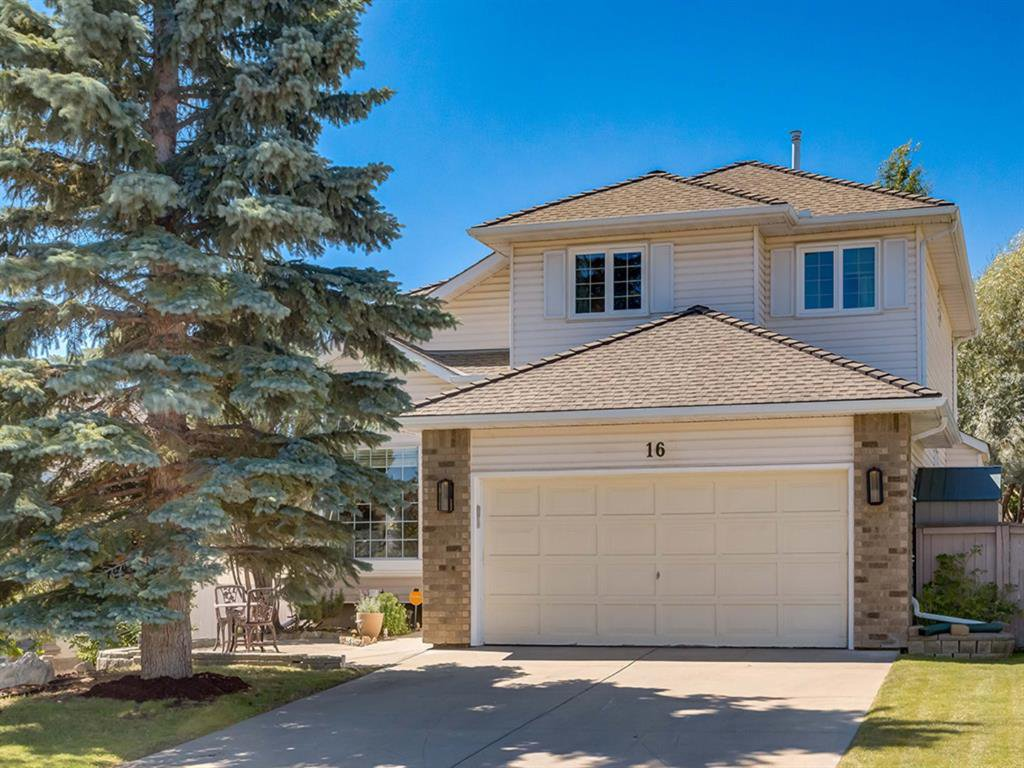 Main Photo: 16 RIVERVIEW Gardens SE in Calgary: Riverbend Detached for sale : MLS®# A1020515