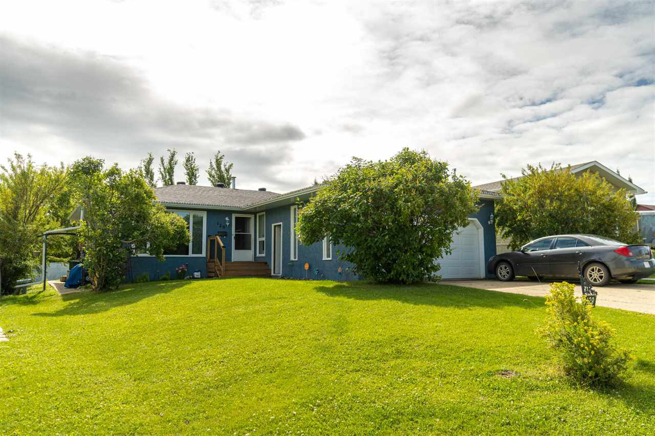Main Photo: 129 Diamond Drive: Millet House for sale : MLS®# E4210559