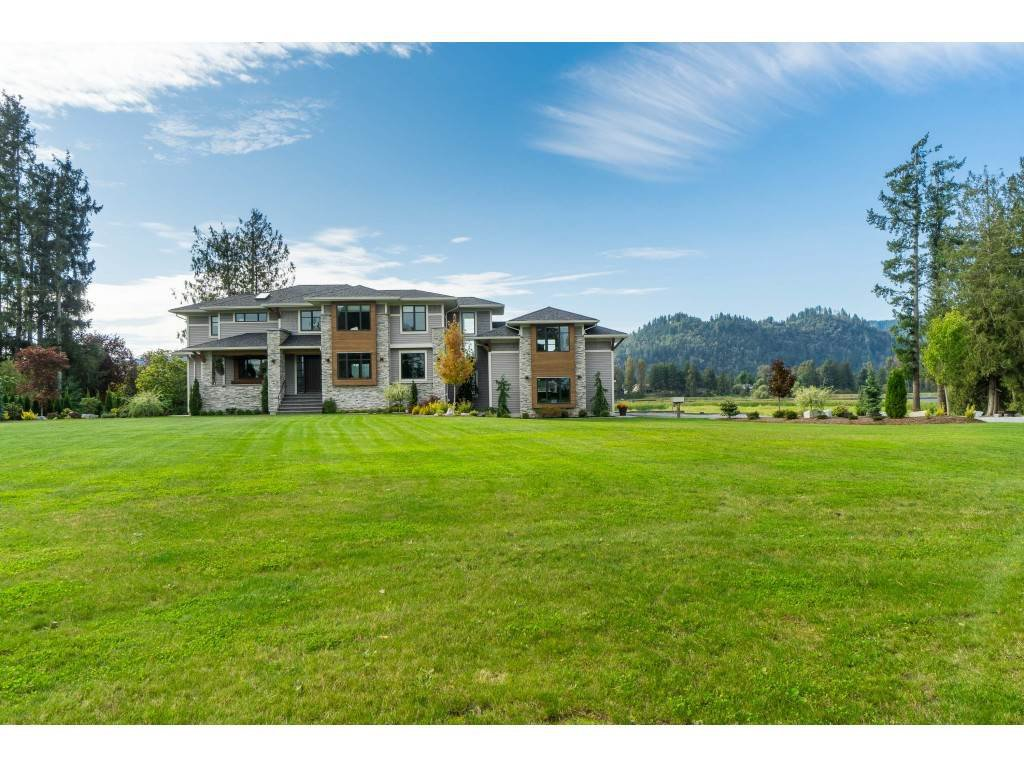 Main Photo: 8953 EAGLE Road in Mission: Dewdney Deroche House for sale : MLS®# R2433525
