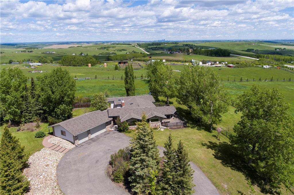 Main Photo: 274103 112 Street W: Rural Foothills County Detached for sale : MLS®# C4301345