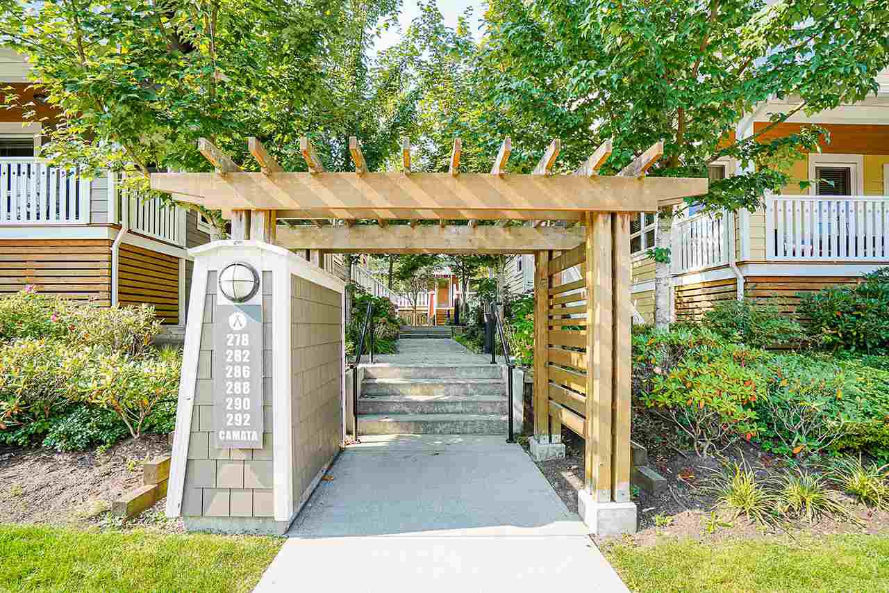 "Main Photo: 5 278 CAMATA Street in New Westminster: Queensborough Townhouse for sale in ""Canoe"" : MLS®# R2502684"