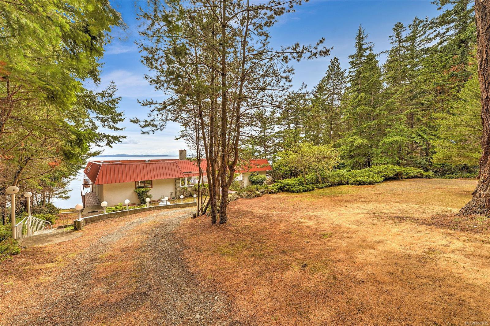 Photo 34: Photos: 172 Cliffside Rd in : GI Saturna Island House for sale (Gulf Islands)  : MLS®# 857035