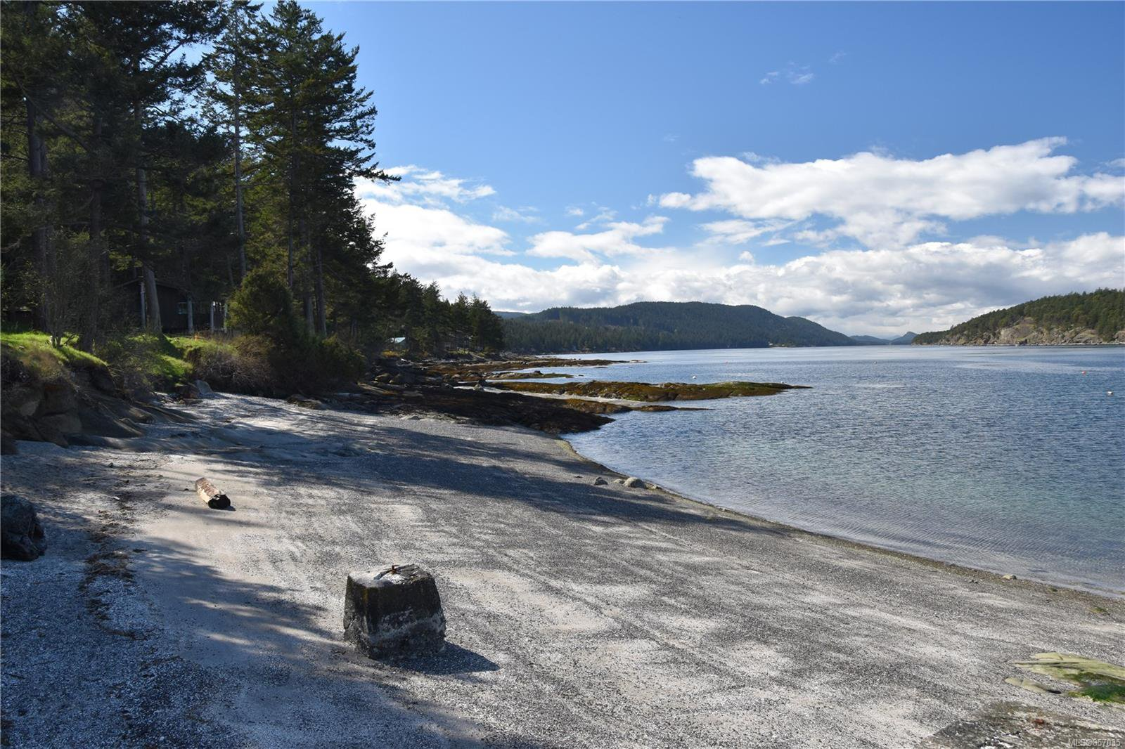 Photo 46: Photos: 172 Cliffside Rd in : GI Saturna Island House for sale (Gulf Islands)  : MLS®# 857035