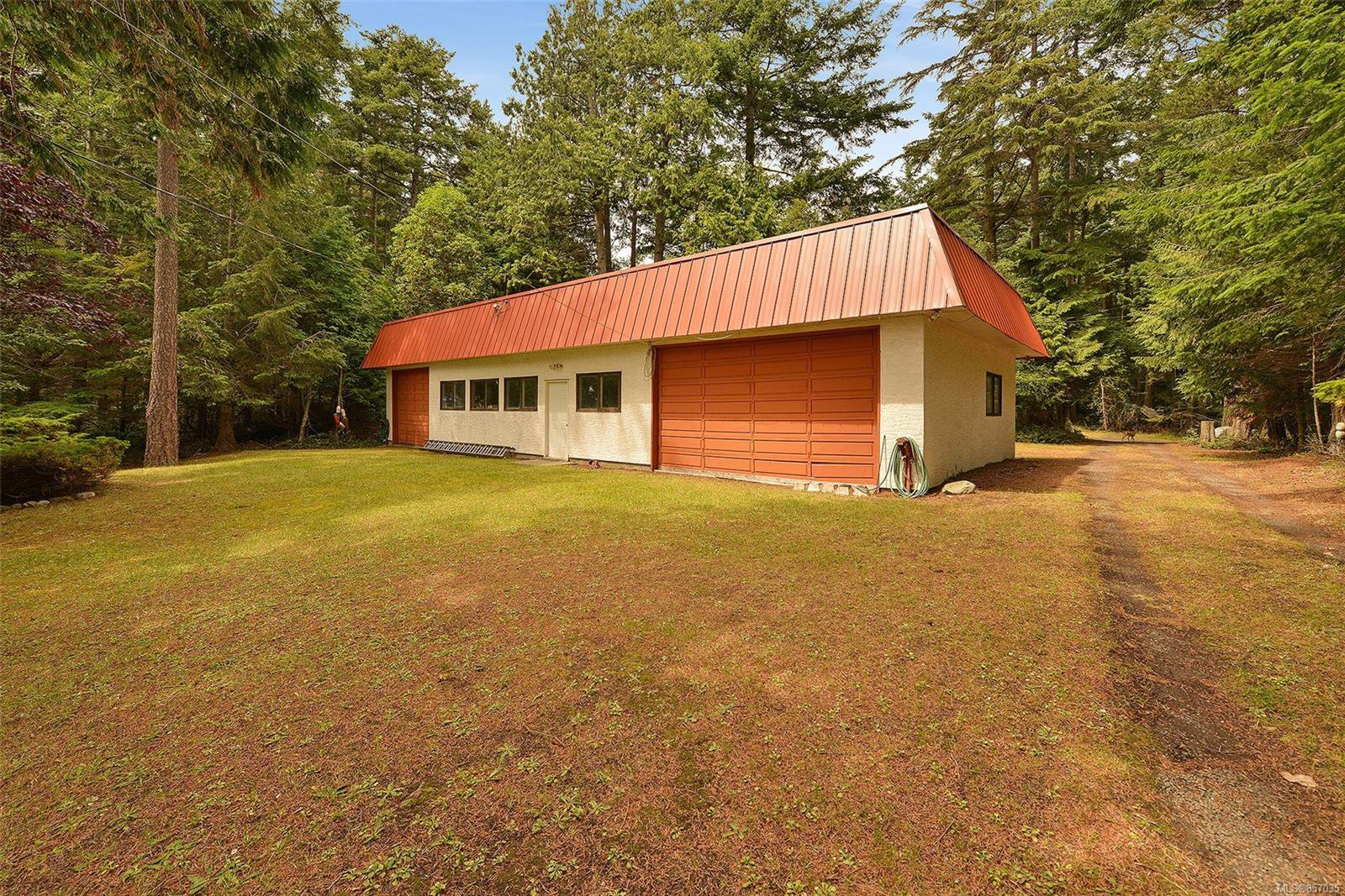 Photo 36: Photos: 172 Cliffside Rd in : GI Saturna Island House for sale (Gulf Islands)  : MLS®# 857035