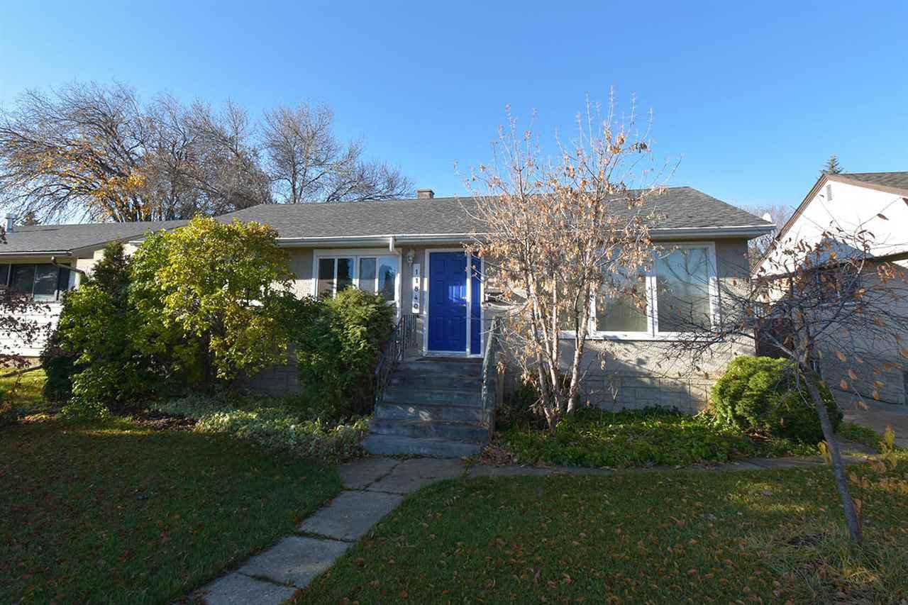 Main Photo: 11840 ST ALBERT Trail in Edmonton: Zone 04 House for sale : MLS®# E4177509