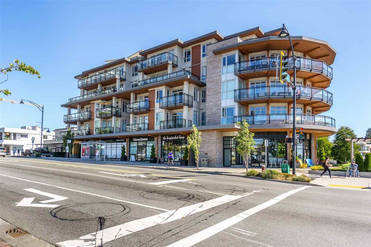 "Main Photo: 310 1420 JOHNSTON Road: White Rock Condo for sale in ""SALTAIRE"" (South Surrey White Rock)  : MLS®# R2442292"