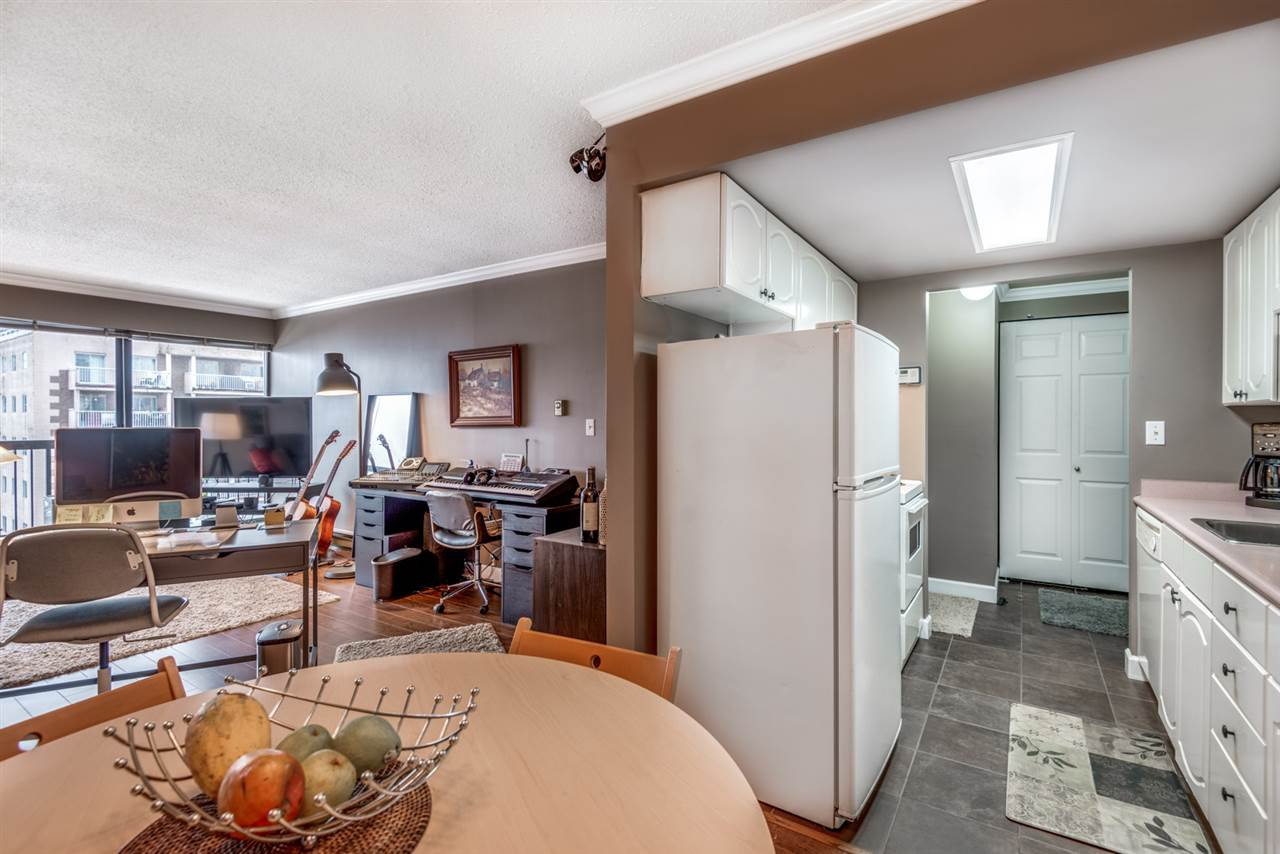 """Main Photo: 401 1515 EASTERN Avenue in North Vancouver: Central Lonsdale Condo for sale in """"Eastern House"""" : MLS®# R2457043"""