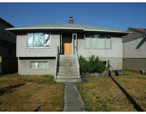 Main Photo: 3377 NANAIMO Street in Vancouver: Grandview VE House for sale (Vancouver East)  : MLS®# V606860