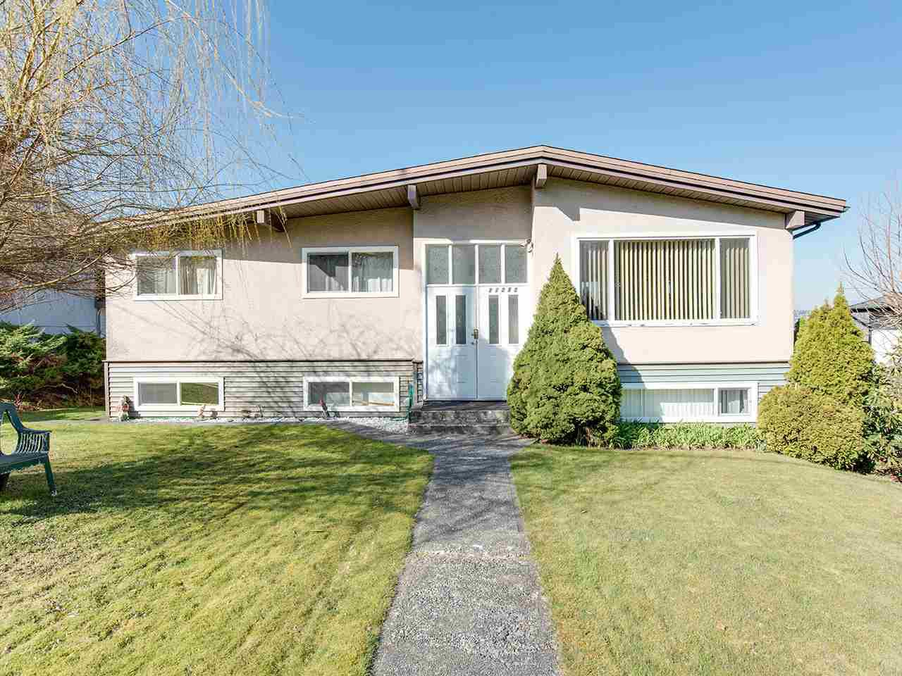 Main Photo: 11263 135A Street in Surrey: Bolivar Heights House for sale (North Surrey)  : MLS®# R2446840